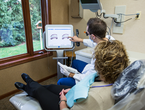 Patient from Rockford, MI visits Drs. Stewart and Hull for family dentistry in Comstock Park.