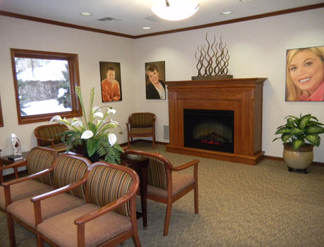 The cozy Grand Rapids, MI dentist office of Stewart & Hull Aesthetic & General Dentistry serves patients in Comstock Park and Rockford as well.
