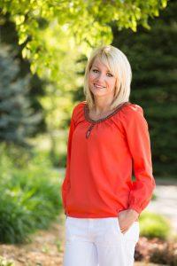 Christine's video testimonial Stewart and Hull dentist Grand Rapids, Comstock Park, and Rockford MI