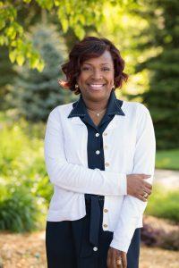 Darlene's video testimonial Stewart and Hull dentist Grand Rapids, Comstock Park, and Rockford MI